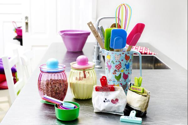 Llena tu cocina de color y optimismo tentaciones de mujer - Cosas de cocina originales ...