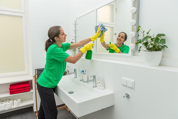 Cinco trucos para mantener limpio tu hogar tentaciones de mujer - Trucos de limpieza para el hogar ...